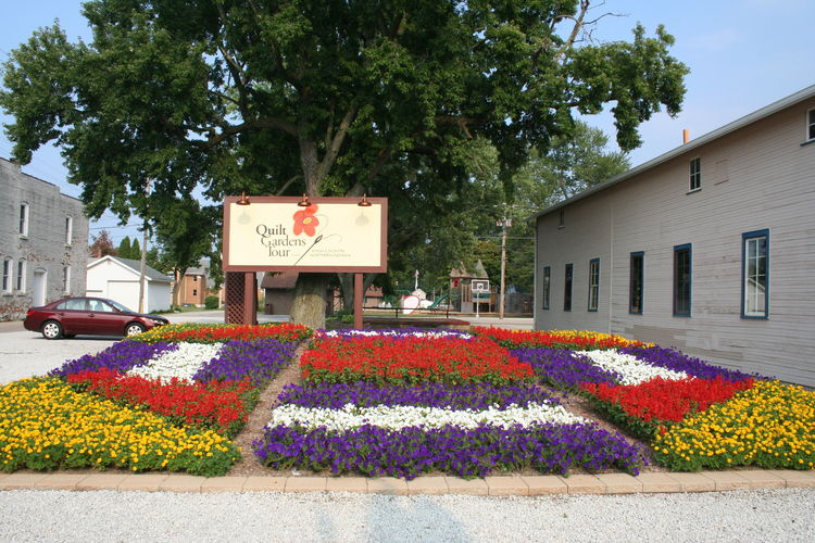 Downtown Wakarusa Quilt Garden